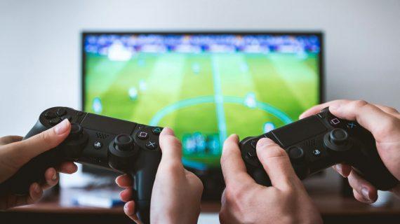 Ada manfaatnya, main video games bersama anak?